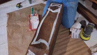 Cómo pintar una cómoda en verde lima - Paso 4