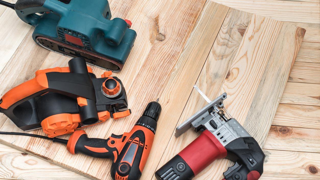 Cómo usar herramientas eléctricas según las normas de seguridad