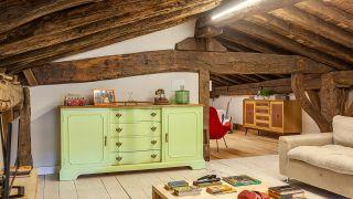 Cómo pintar una cómoda en verde lima