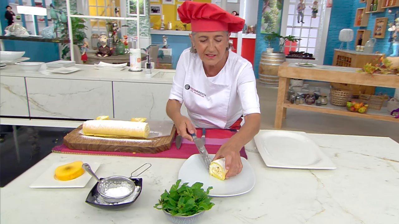 Brazo gitano con melocotón, receta de Eva Arguiñano - paso 4