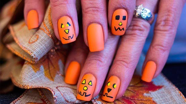 Diseños de uñas para manicuras de Halloween - Calabazas