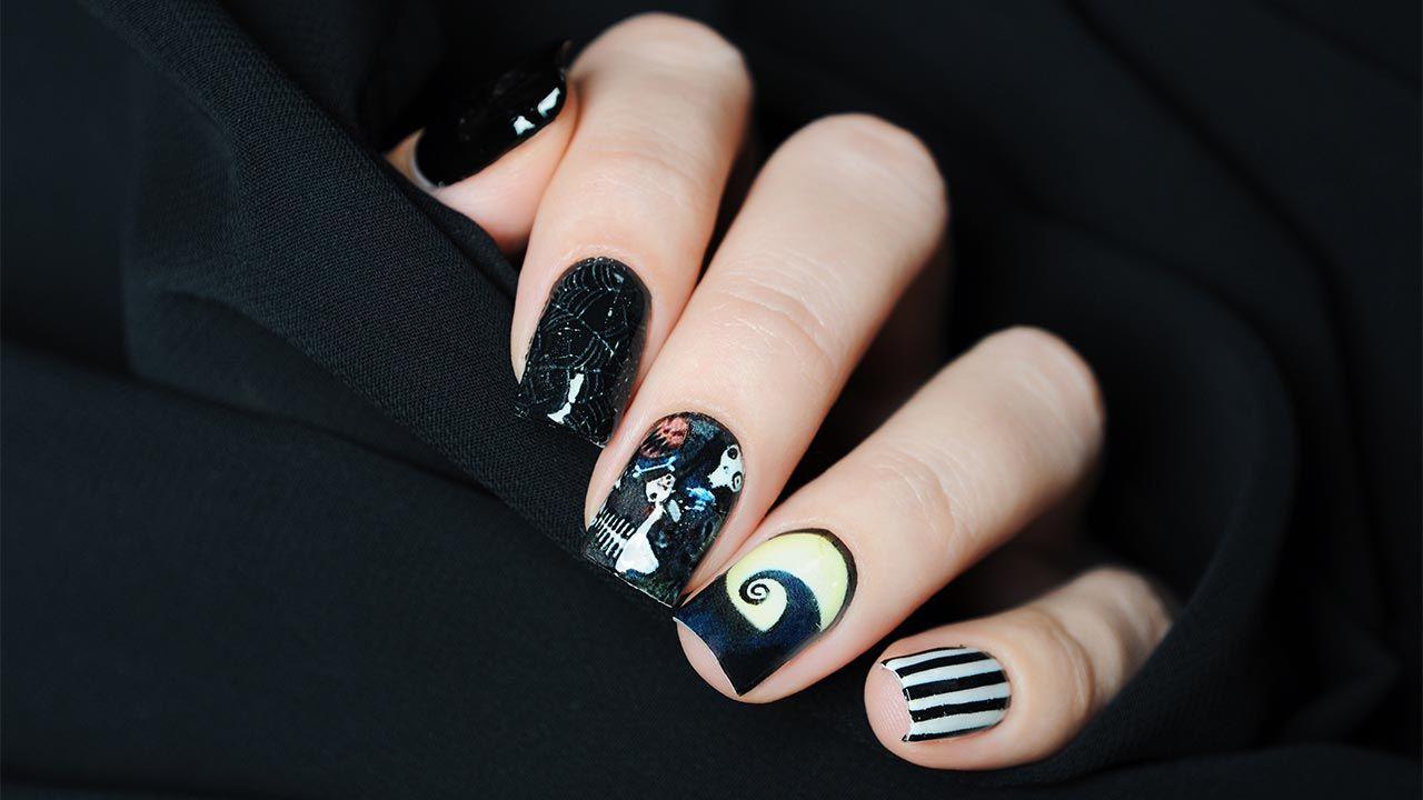 Diseños de uñas para manicuras de Halloween - Gato y casa embrujada