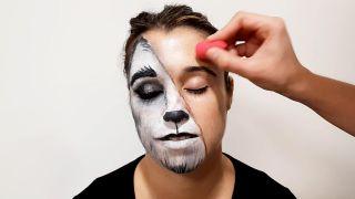 cómo hacer el maquillaje de caperucita y el lobo - paso 7