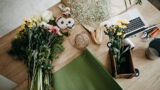 Cómo hacer un ramo de flores en casa
