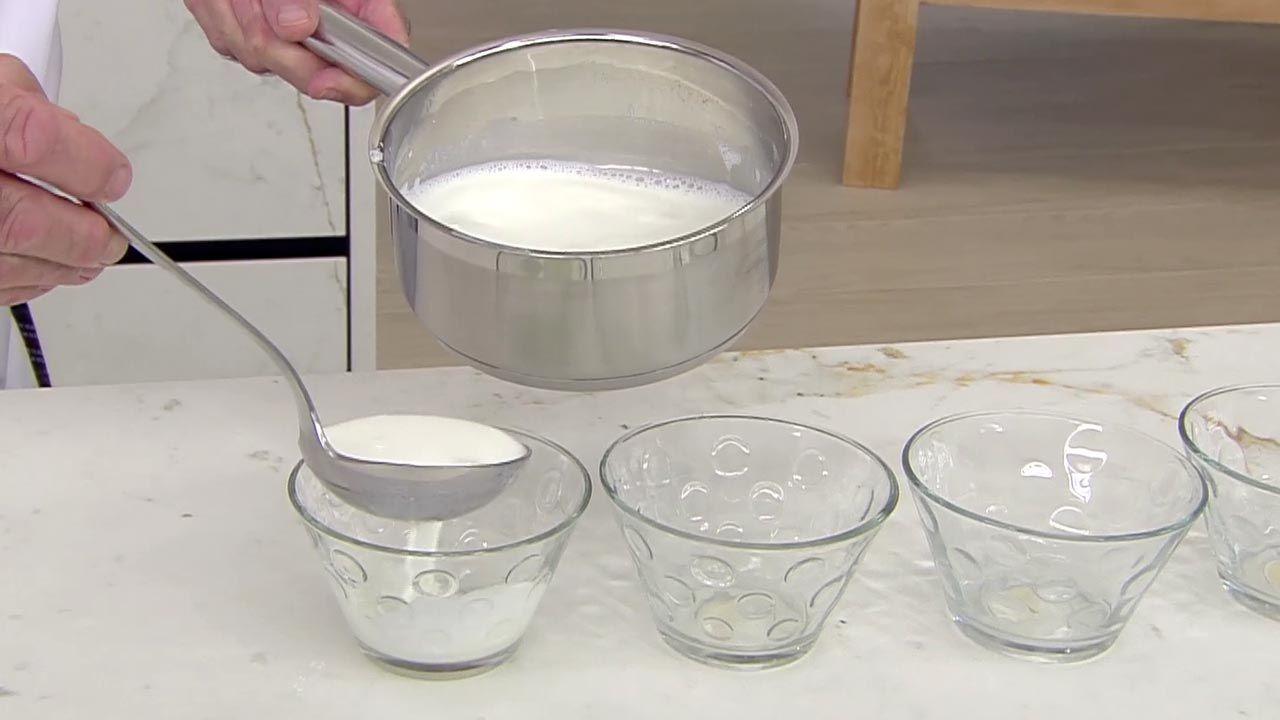 Cómo hacer cuajada casera con miel, receta fácil de Karlos Arguiñano - Paso 3