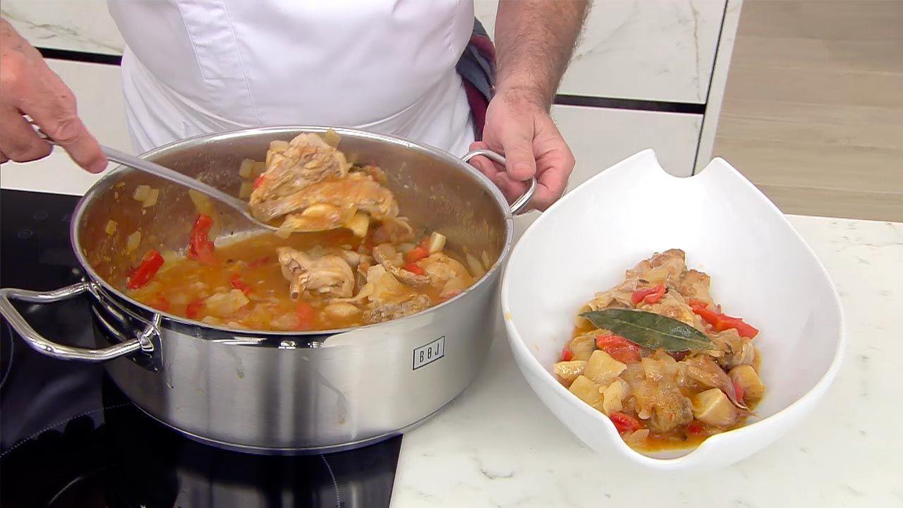 Andrajos con conejo, la receta tradicional de Karlos Arguiñano - paso 5