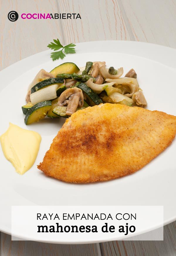 Raya empanada con mahonesa de ajo