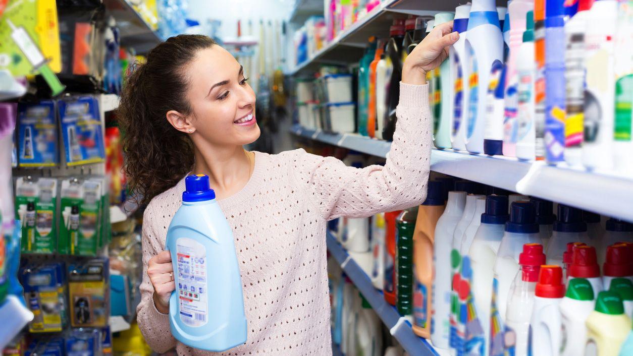 ventajas-desventajas-de-los-suavizantes-de-ropa