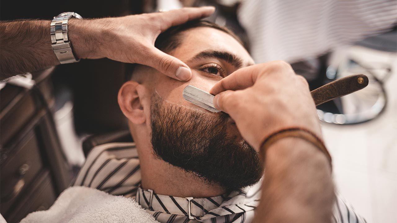 Cuidados para una barba perfecta - cuchilla para perfilar