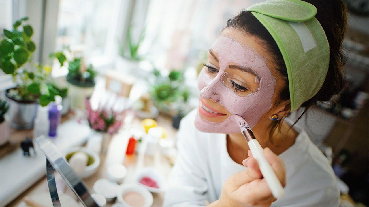 cómo aplicar las mascarillas de arcilla en la piel