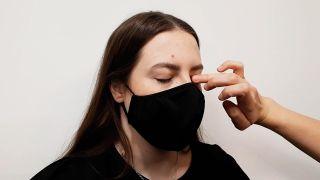 maquillaje de ojos para mascarillas - paso 1