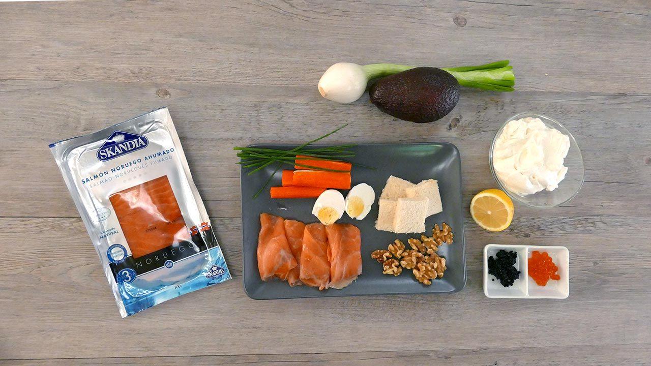 Ingredientes para los 3 canapés de salmón ahumado