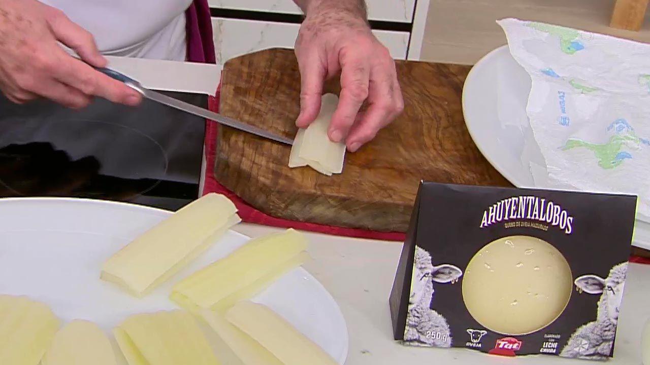 encas rellenas de queso de oveja curado