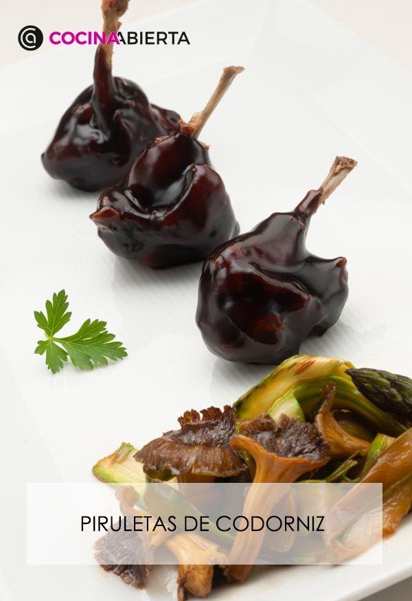 Piruletas de codorniz con salsa teriyaki