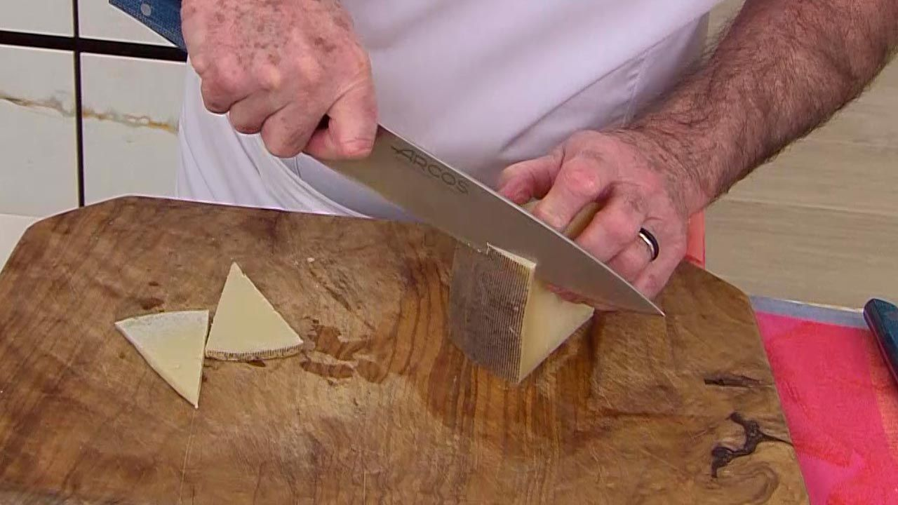 Tortilla rellena de queso