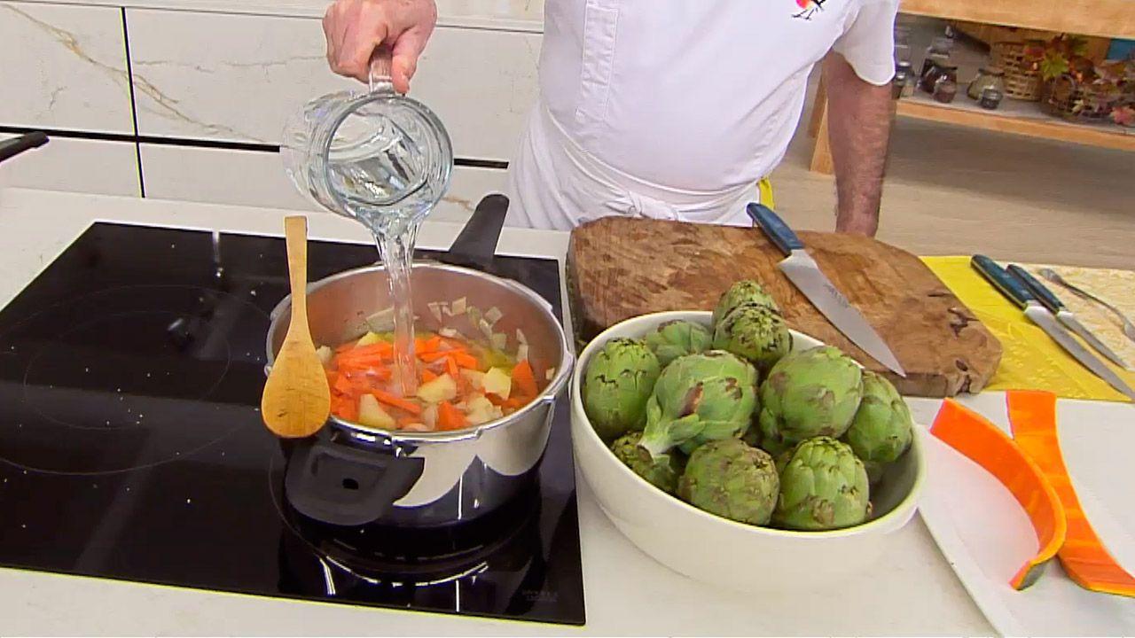 Alcachofas salteadas con crema de calabaza - paso 1