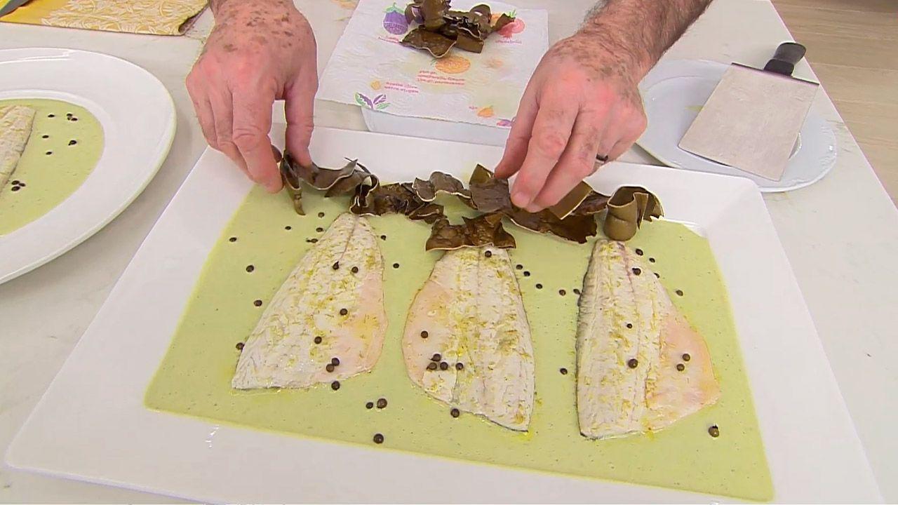 Receta de lubina a la pimienta verde por Karlos Arguiñano - paso 4