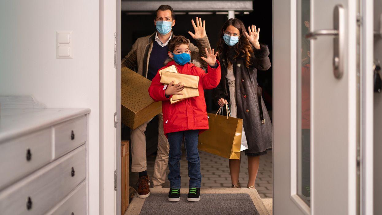 Cómo minimizar el riesgo de contagio en las reuniones con familiares y allegados