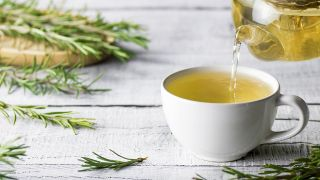 Romero, planta aromática con acción antidepresiva y estimulante circulatoria - Infusión