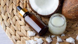 Beneficios beauty y de salud del aceite coco - Hidratante facial