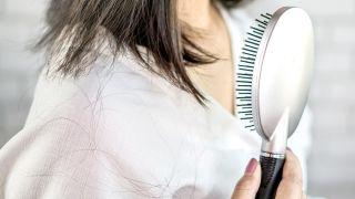 Champús anticaída, ¿son eficaces? - Caída del cabello