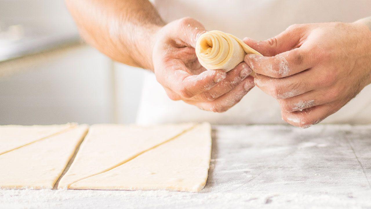 Cómo hacer croissants o cruasanes caseros - dar forma