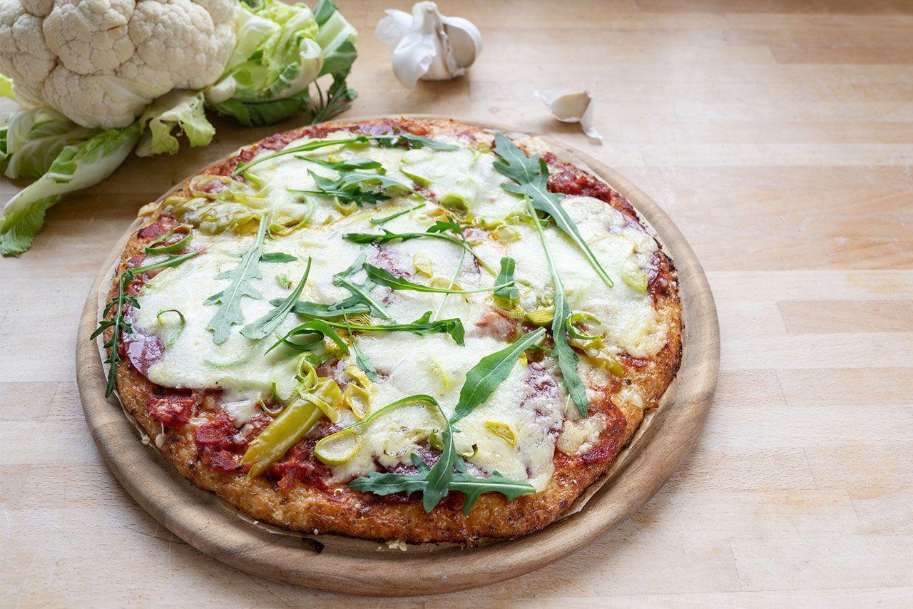 Pizza con base de coliflor - Decoración