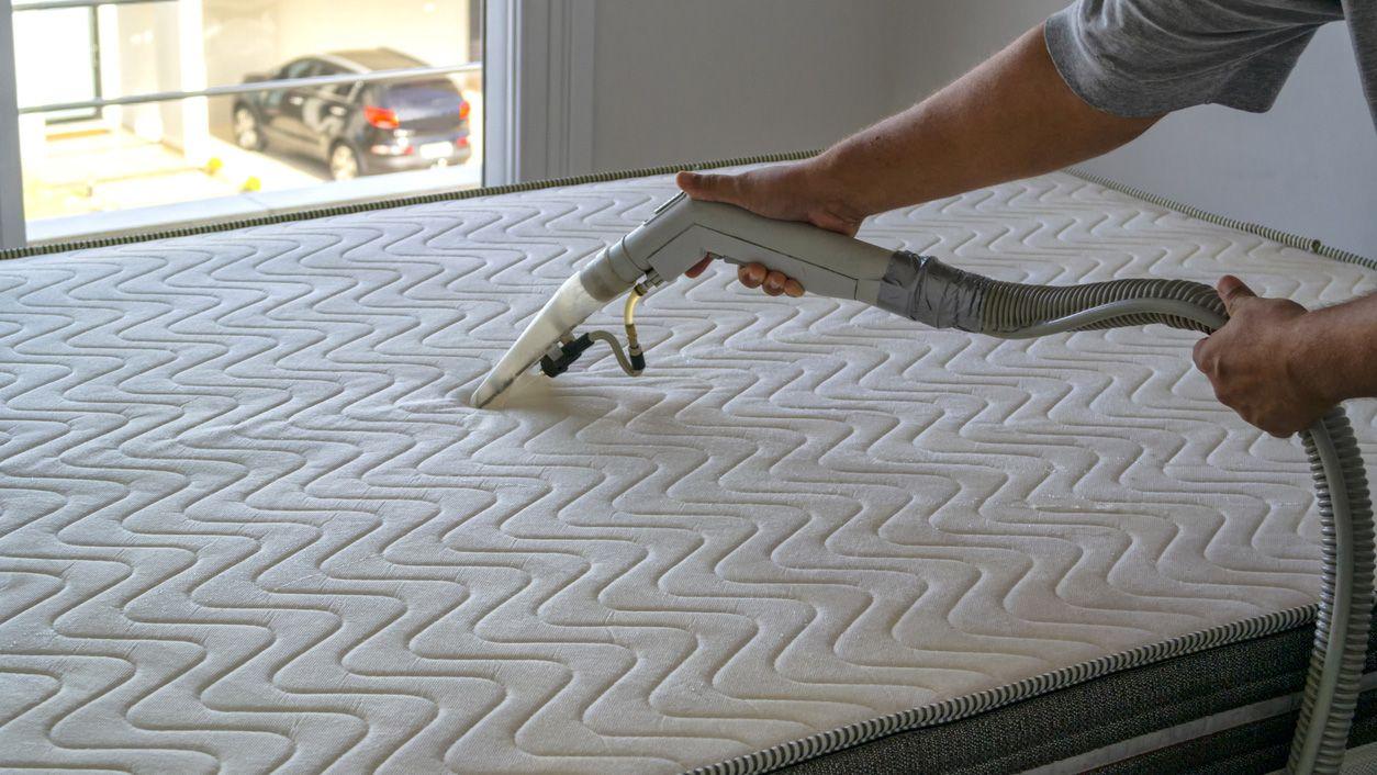 Cómo limpiar el colchón con trucos caseros