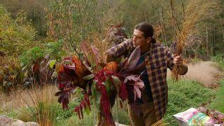 Arreglo floral invernal para jarrón grande