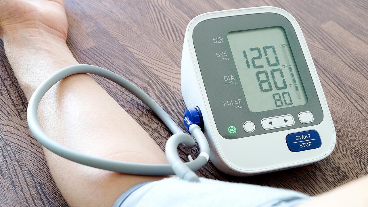 Hipotensión e hipertensión: ¿Cuáles son los síntomas de cada uno?