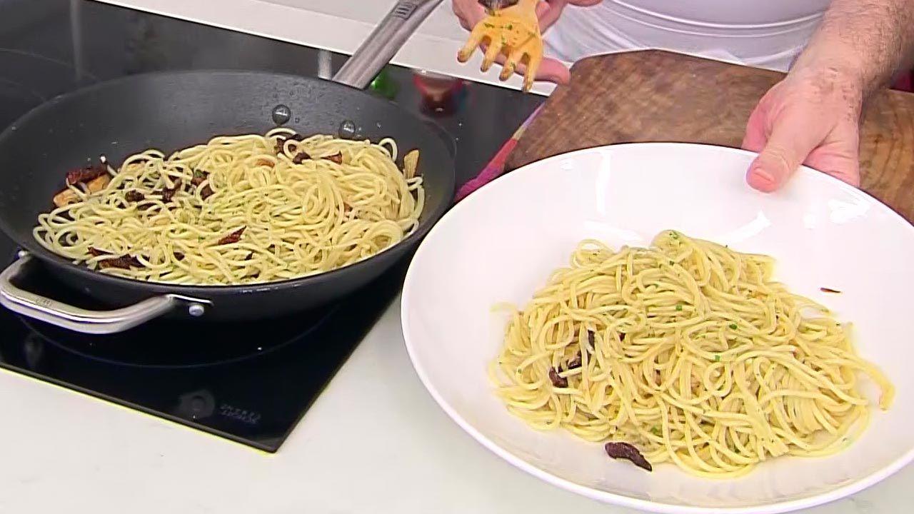 Espaguetis al ajillo