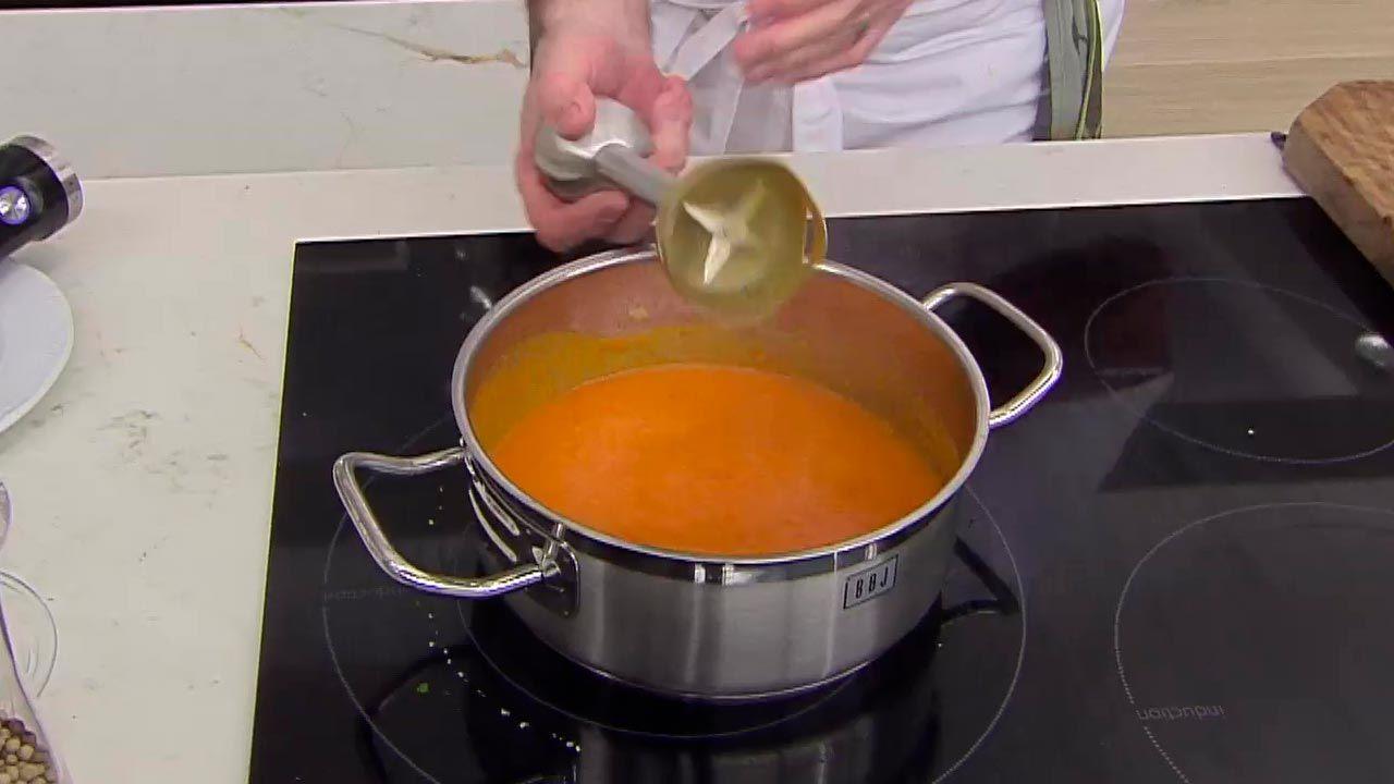 Rodaballo con salsa de pimiento