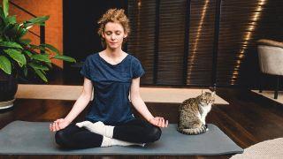 ¿Qué es meditar y cómo se hace? - Meditación Mantra