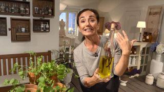 Truco para aromatizar el aceite de oliva - Guindillas