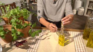 Truco para aromatizar el aceite de oliva - Pimientos