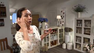 Truco para reducir las ojeras - Aceite de rosa mosqueta