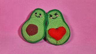 Aguacates Kawaii de crochet