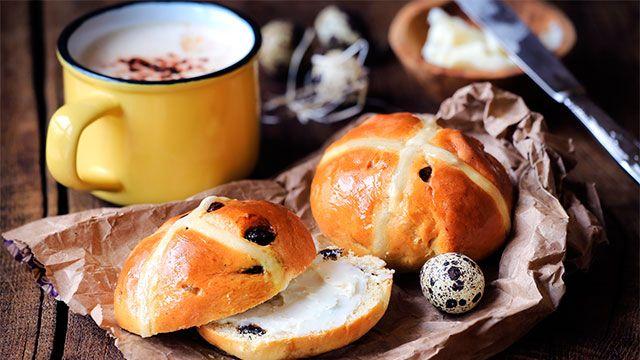 Bollos de Pascua ingleses (Hot cross buns) - presentación