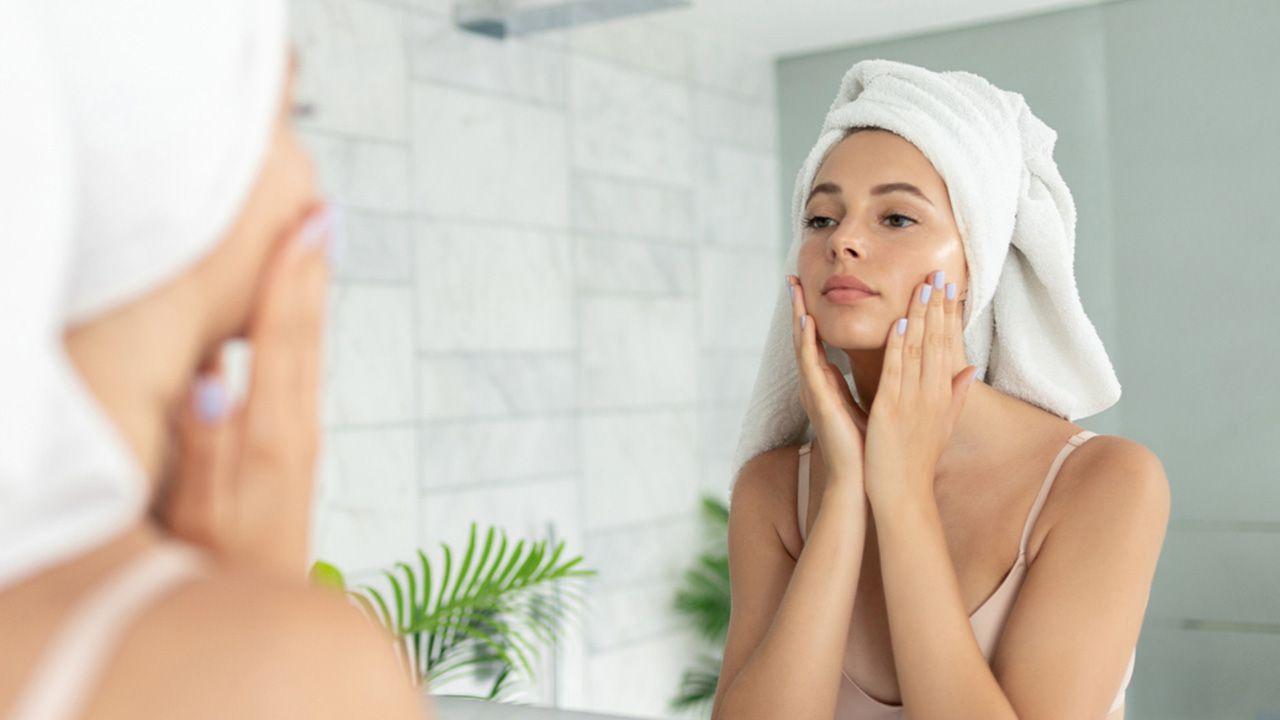 Cómo exfoliar el rostro correctamente