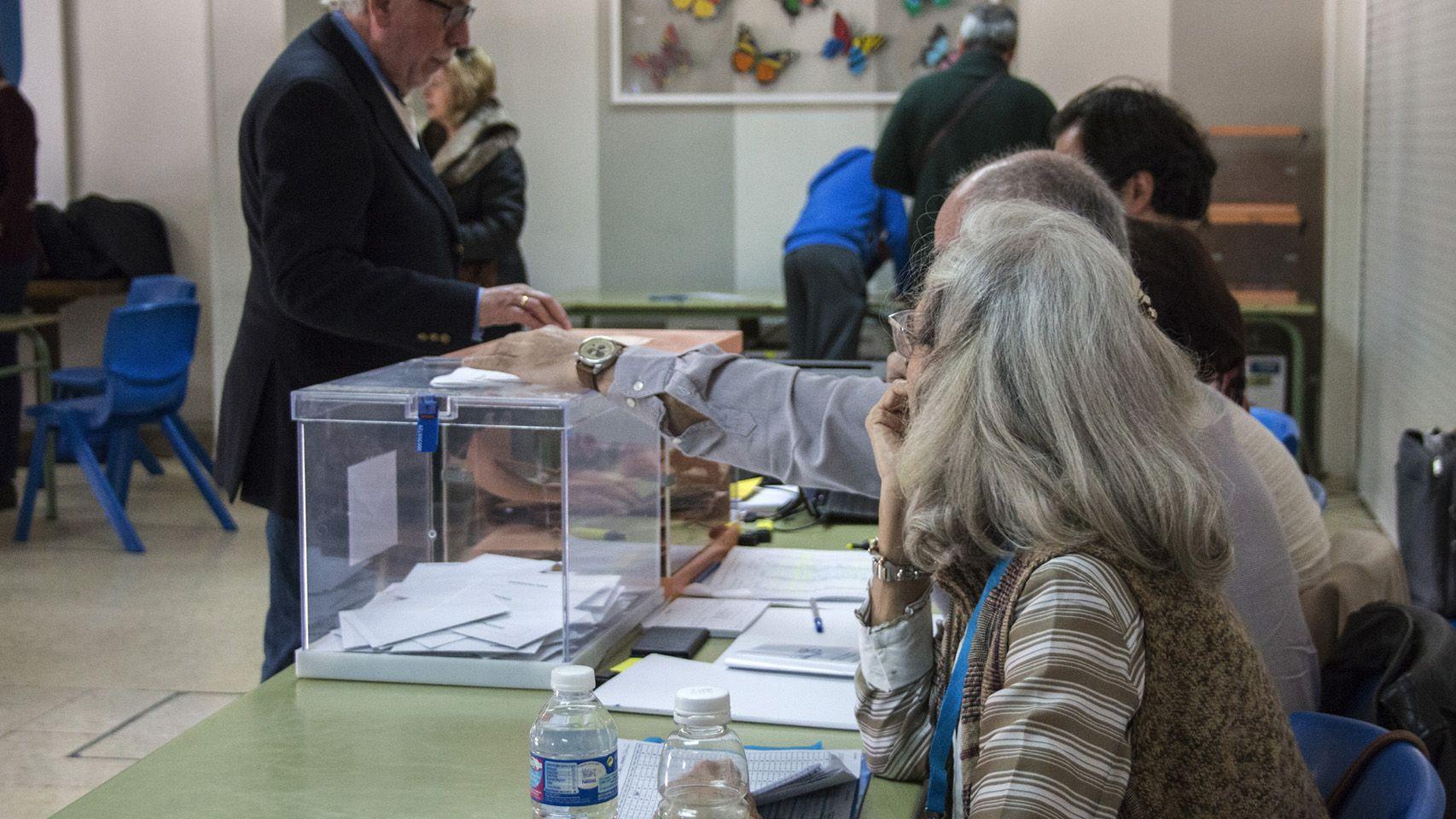Causas para no acudir a una mesa electoral