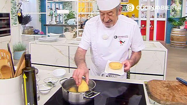 Puré de patatas cremoso de Karlos Arguiñano - paso 1