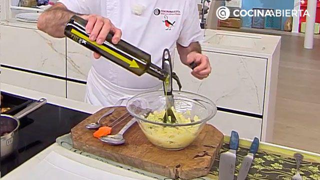 Puré de patatas cremoso de Karlos Arguiñano - paso 4