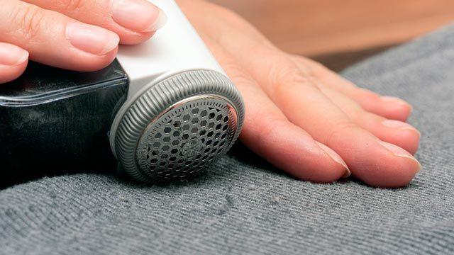 Cómo quitar las pelusas y bolitas de la ropa