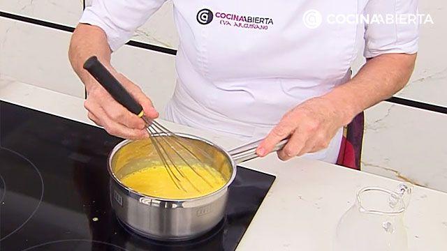 La receta de crema pastelera de Eva Arguiñano - paso 2