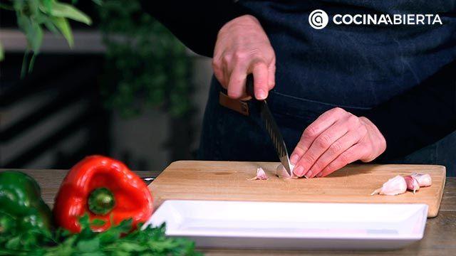 Paso 1 de la receta de Paella montañesa con setas