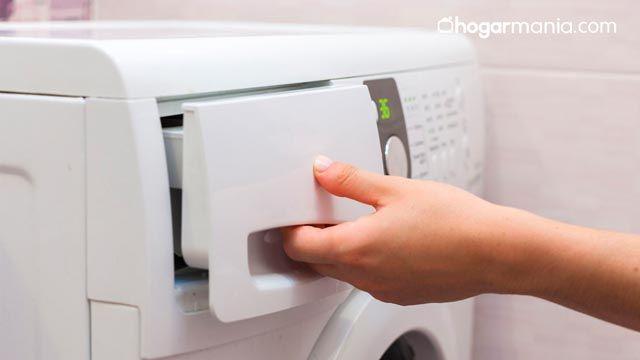 ¿Dónde se pone el detergente en la lavadora?