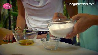 Exfoliante corporal de melisa y limón para eliminar el sebo y las imperfecciones - Paso 5