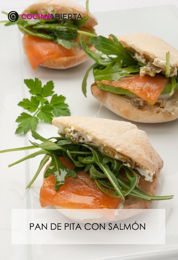 Pan de pita con salmón