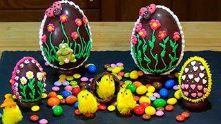 Huevos de chocolate decorados