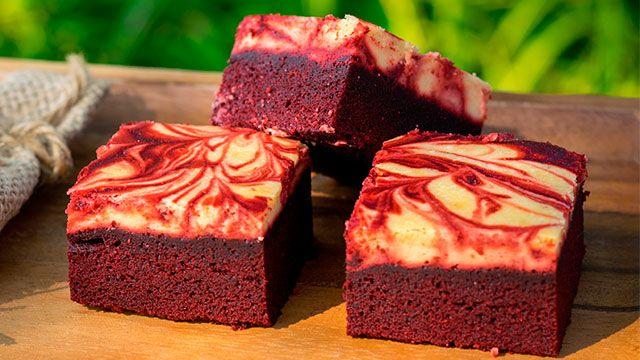 Postres Red Velvet, ¡con colorante natural de remolacha! - Brownie